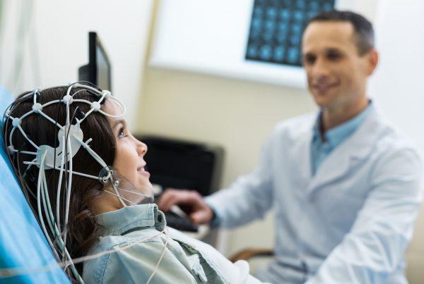 Exame de Eletroencefalograma